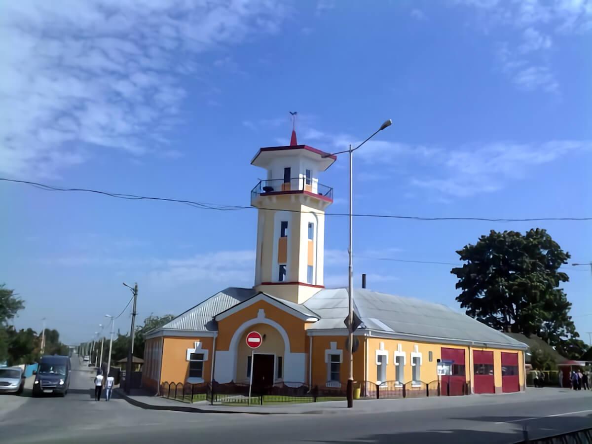 Отделение МЧС с наблюдательной башней